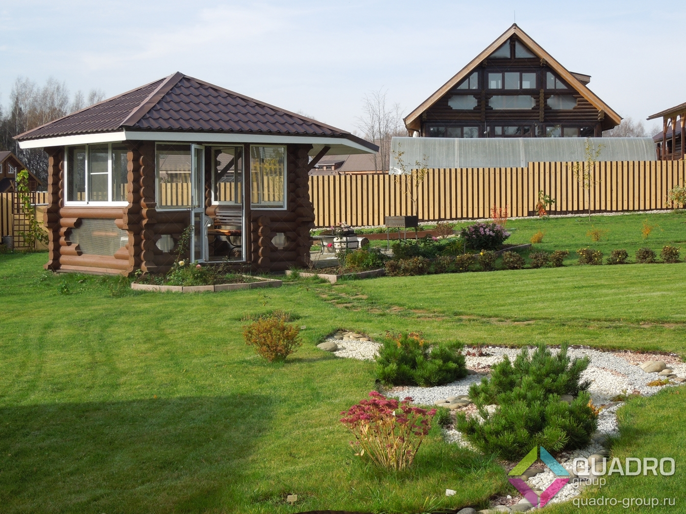 Ландшафтный дизайн  сада участка двора ландшафта дачи